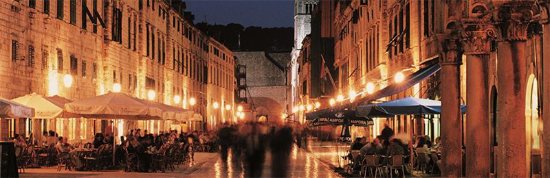 Dubrovnik Old Town by night, source: Croatia Tourist Board