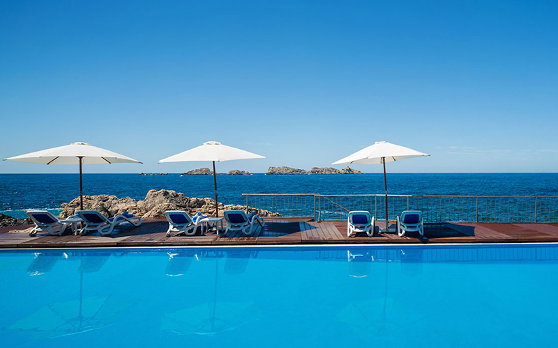 Hotel Neptun Dubrovnik pool, image copyright Importanne Resorts